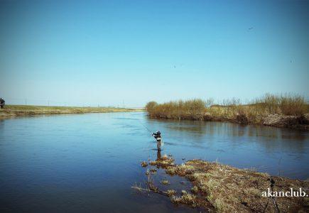 道南清流と鱒がたまる漁港の釣旅 4K動画